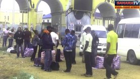 "Nigerians Deported From The United Kingdom Arrive In Lagos With ""Ghana-Must-Go"" Bags"